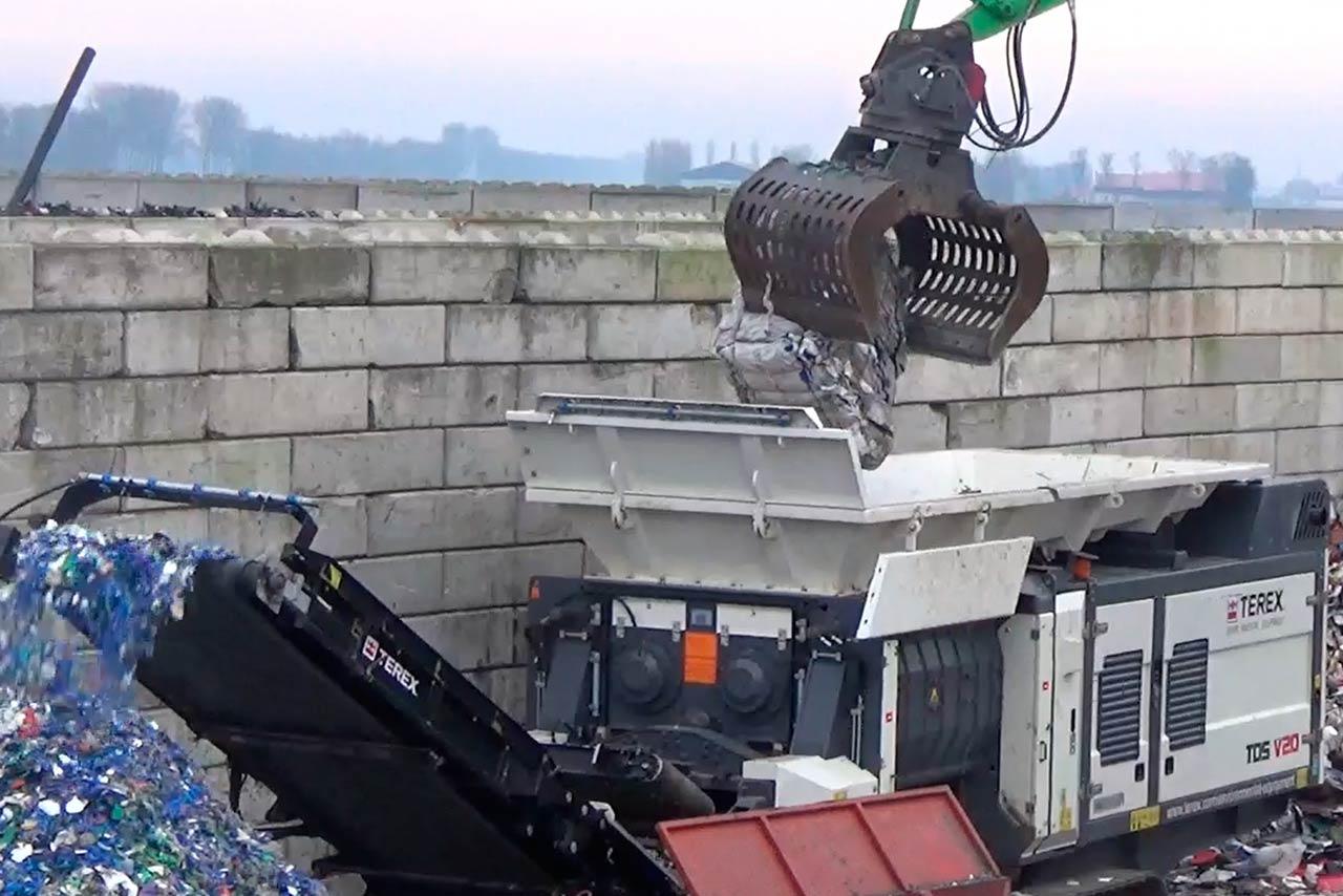 Maquinaria para reciclaje de residuos plásticos